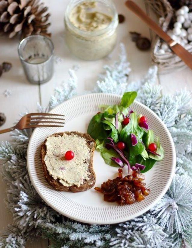 Repas de Noël sans gluten : Terrine végétale de Noël aux noix