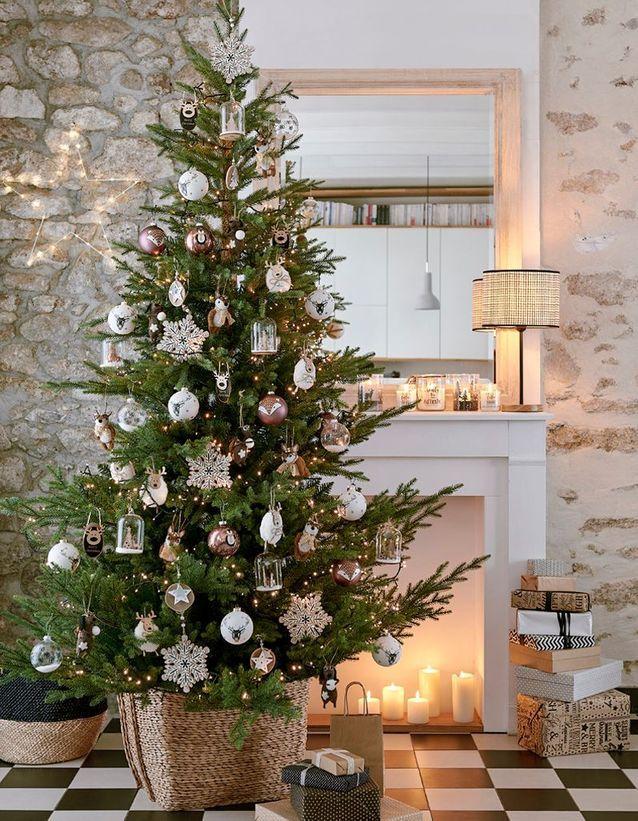 Elegant Noël : On Décore La Maison Avec Un Panier En Guise De Pied De Sapin