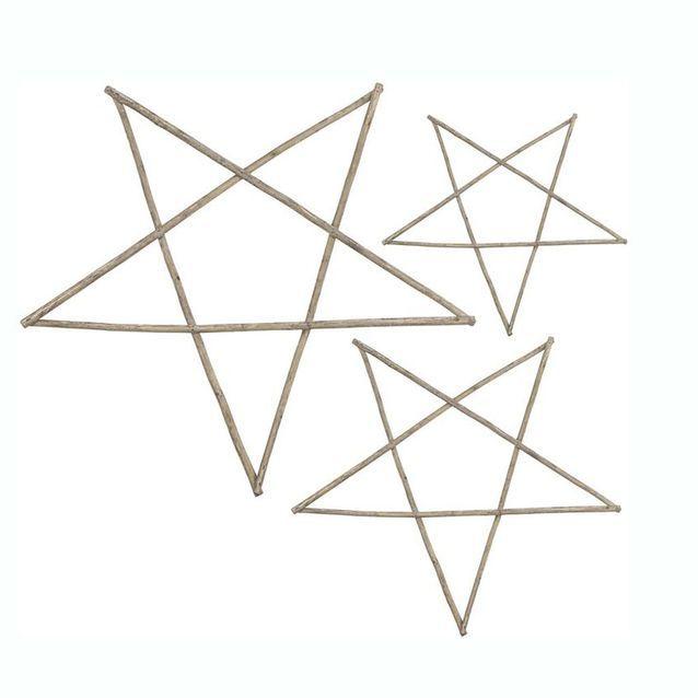 Des étoiles en bois
