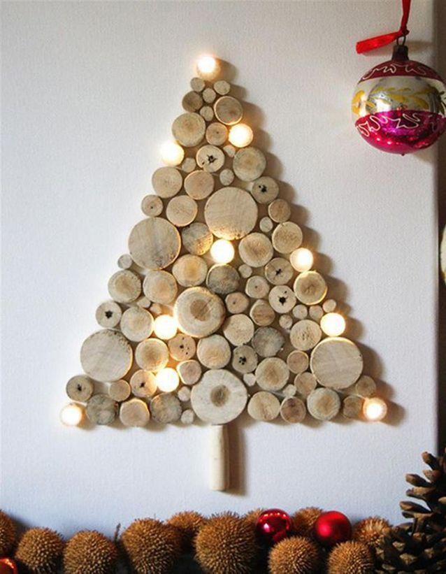 Parfait Un Sapin De Noël En Bois Avec Des Rondelles