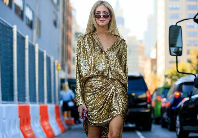 Comment porter le doré sans faire bling ?