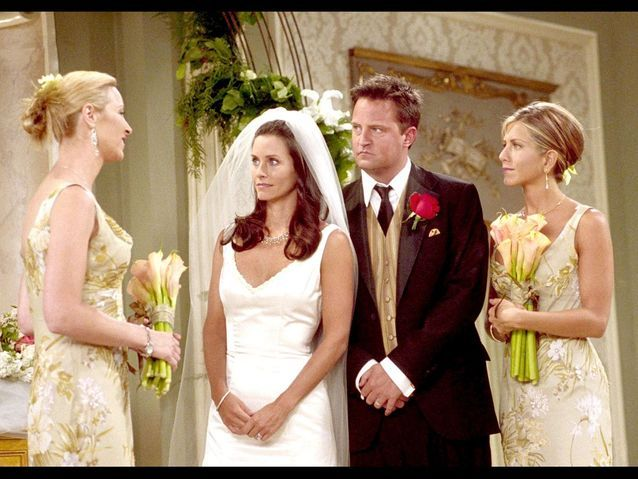 Chandler et Monica dans « Friends »