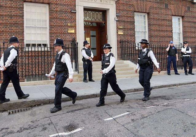Accouchement de Kate Middleton: les images en direct de Londres