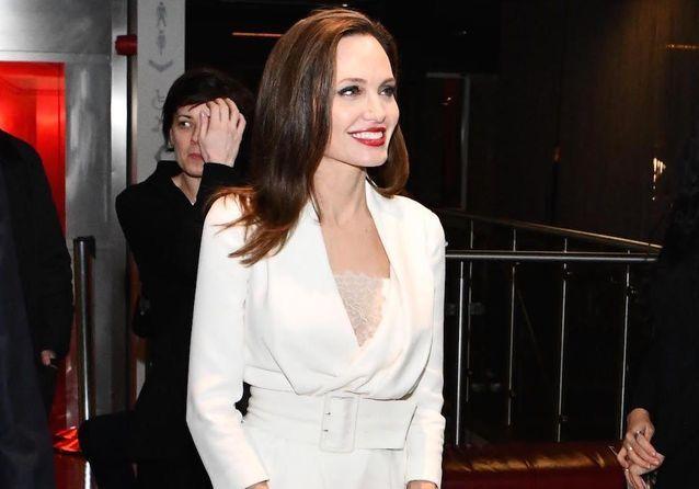 Angelina Jolie : radieuse, à quelques jours de son procès avec Brad Pitt