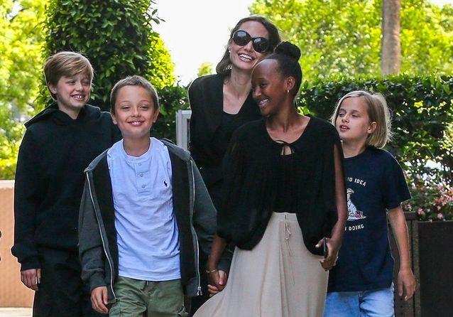 Angelina Jolie : sa joyeuse tribu fait front en pleine guerre contre Brad Pitt
