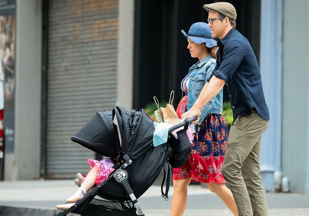 Blake Lively, enceinte et radieuse avec Ryan Reynolds dans les rues de New York