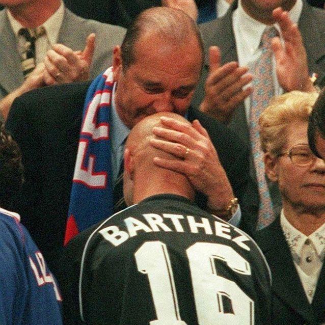 Le baiser sur le crâne de Barthez