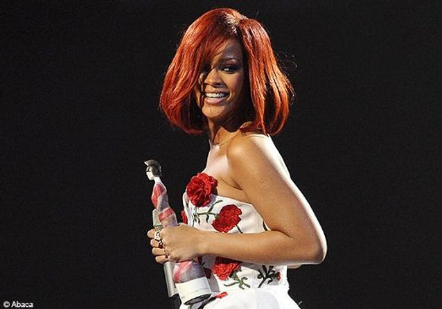 Brit Awards : la soirée mode de Rihanna