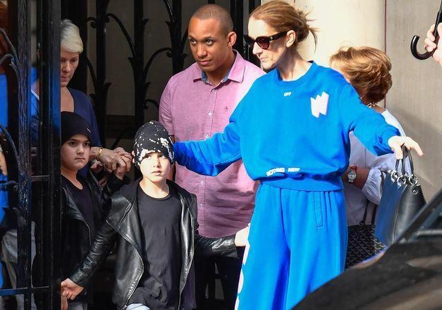 Céline Dion : sa tendre balade avec ses jumeaux dans les rues de Paris