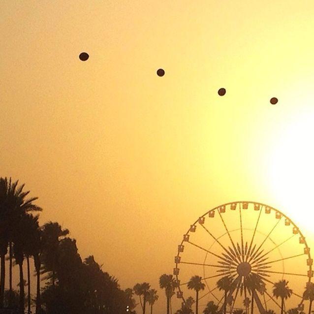 Le soleil se couche sur Palm Springs.