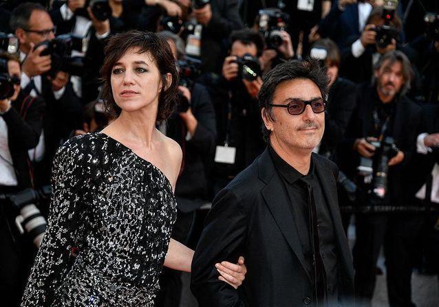 Couple de légende : Charlotte Gainsbourg et Yvan Attal, à contre-courant