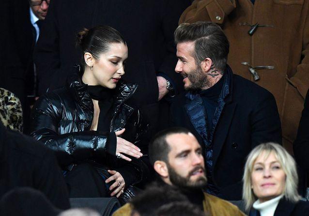 Poignée de main entre David et Bella