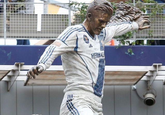 David Beckham : que pensez-vous de la statue de bronze à son effigie ?