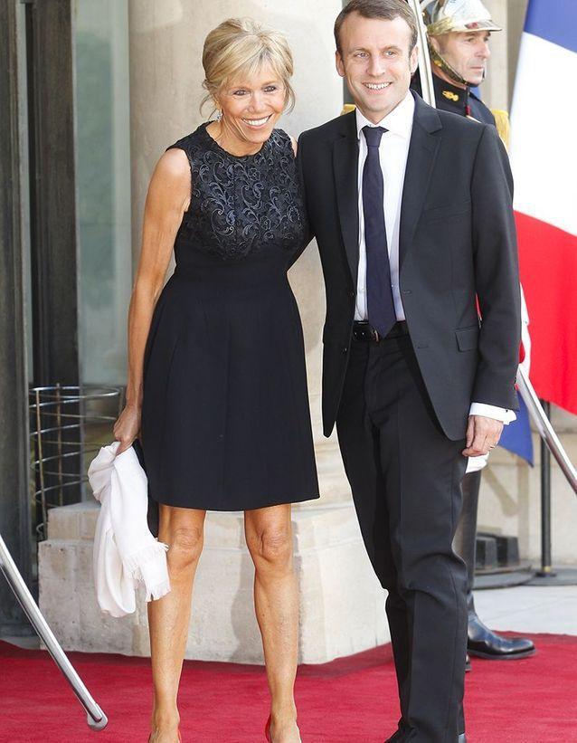 Emmanuel Et Brigitte Macron Fetent Leurs Dix Ans De Mariage Elle