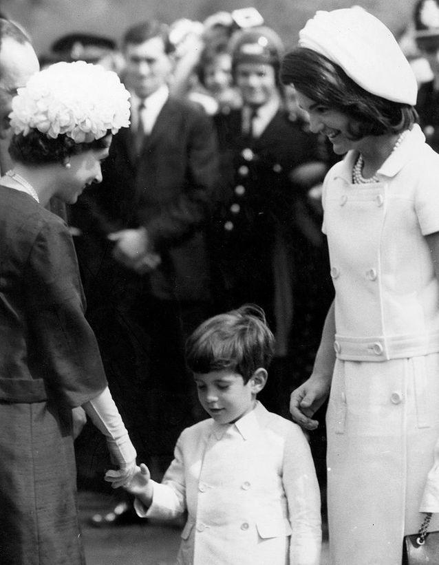Avec la reine d'Angleterre
