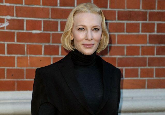 Fashion Week de Londres : Cate Blanchett, Naomi Campbell réunies pour Burberry