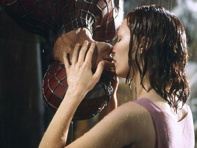 """Kirsten Dunst et Tobey Maguire dans """"Spiderman"""" (2002)"""