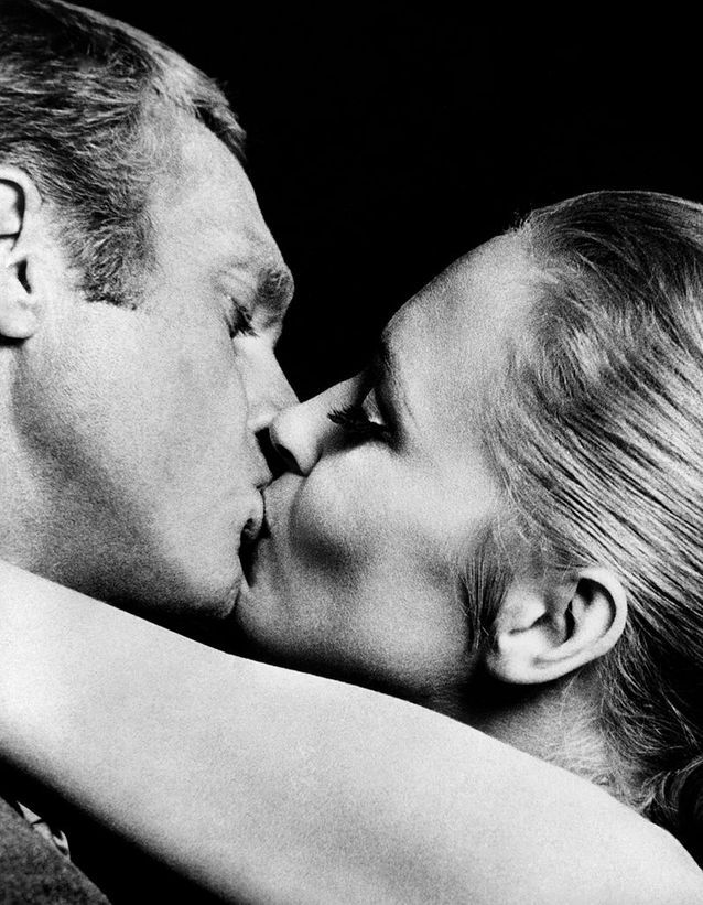 "Steve McQueen et Faye Dunaway dans ""L'affaire Thomas Crown"" (1968)"
