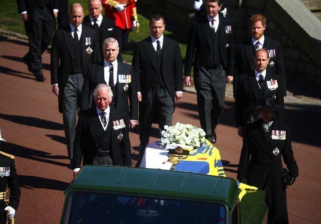 Funérailles du prince Philip : les adieux en images de la famille royale et du Royaume-Uni au duc d'Edimbourg