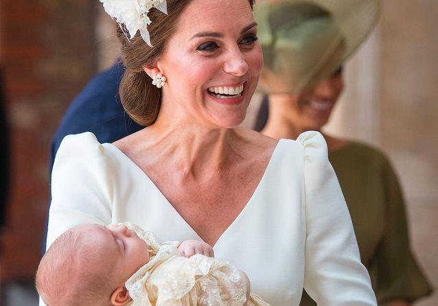 Harry, Meghan, Will, Kate… Toutes les images du baptême du prince Louis