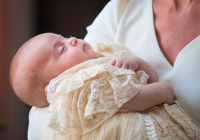 Le prince Louis endormi