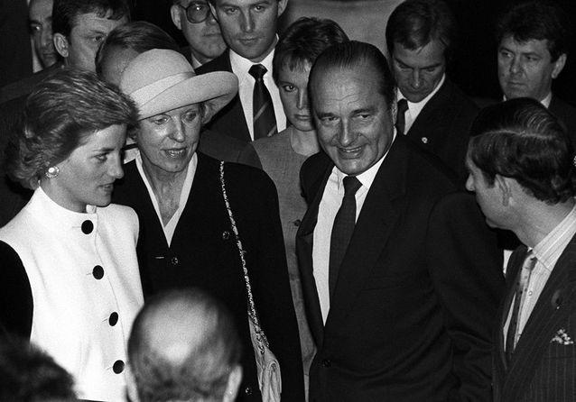 Lady Di, Jacques Chirac et le prince Charles en 1988 à la mairie de Paris