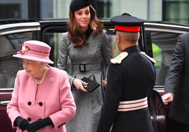 Kate Middleton et la reine d'Angleterre : sortie coquette à Londres !
