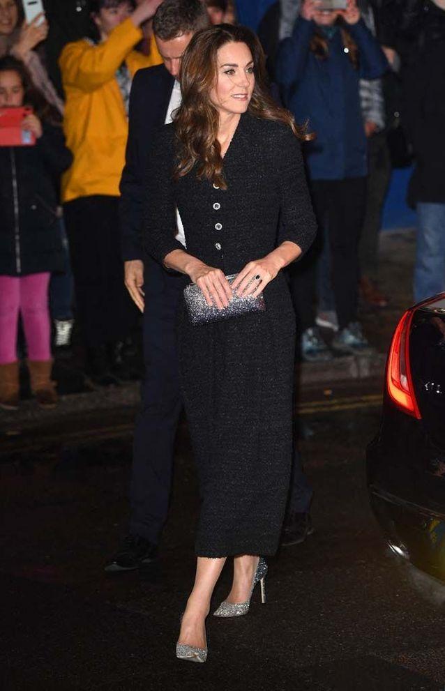 Kate Middleton à son arrivée au théâtre Noël Coward