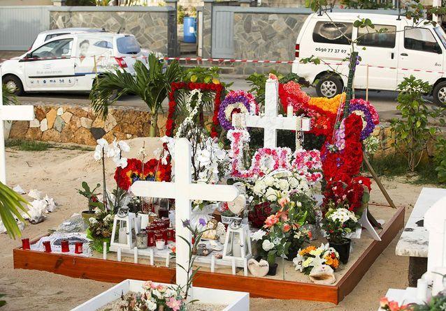 La tombe de Johnny, en juin 2018