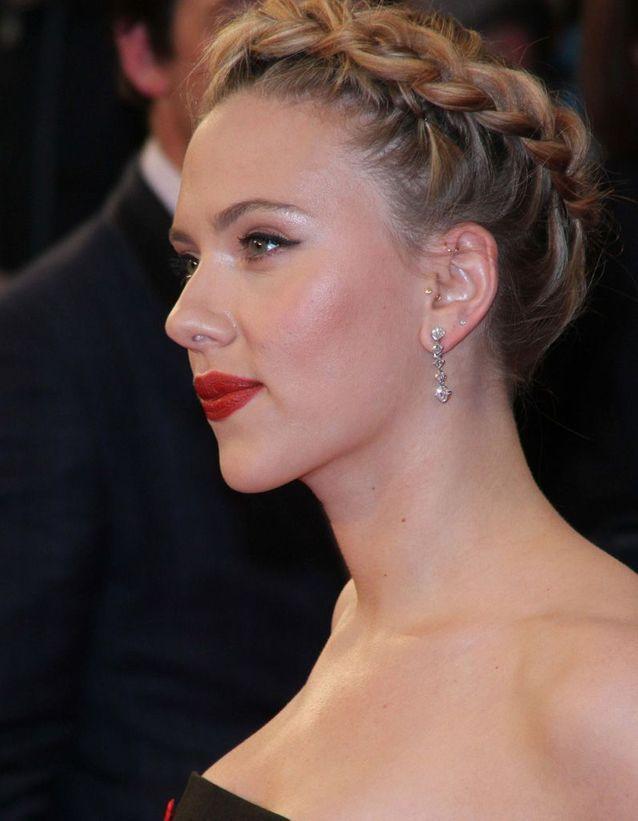 Les piercings de Scarlett Johansson