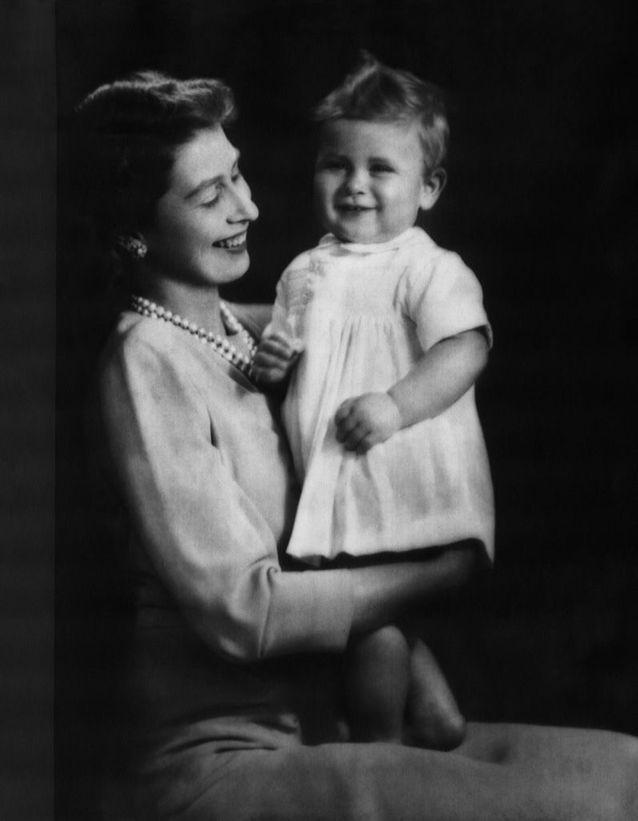 Bébé Charles et la princesse Elizabeth