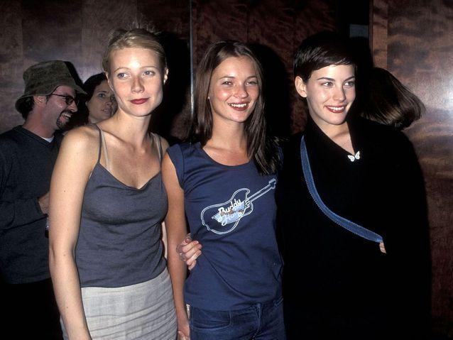 Avec Gwyneth Paltrow et Liv Tyler au concert de Beck, à New York, en 1998.