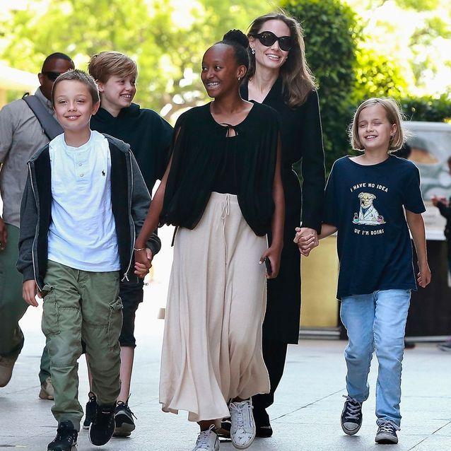 Angelina Jolie et sa tribu en août, à Los Angeles