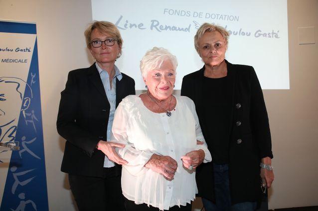 Line Renaud entourée de ses filles de coeur, Claude Chirac et Muriel Robin