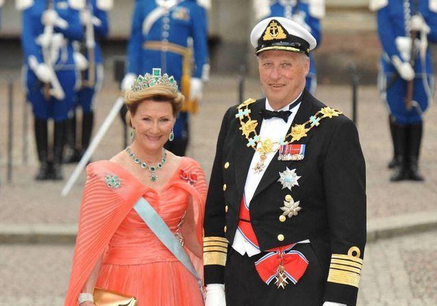 Mariage royal : Harald V de Norvège et Sonja Haraldsen, le prince et la roturière