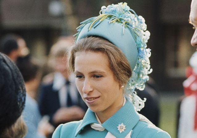 Mariage royal : la vie amoureuse trépidante de la princesse Anne du Royaume-Uni