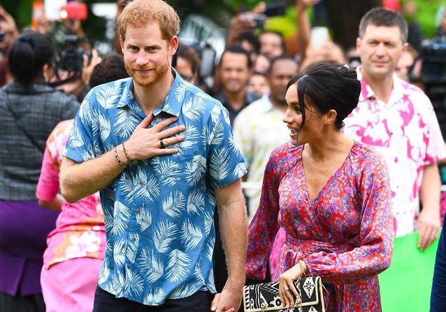 Meghan Markle et le prince Harry : sortie haute en couleurs aux Fidji