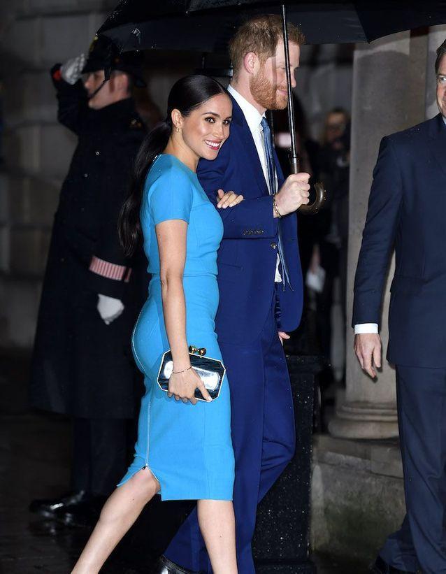 Meghan Markle portait une robe Victoria Beckham