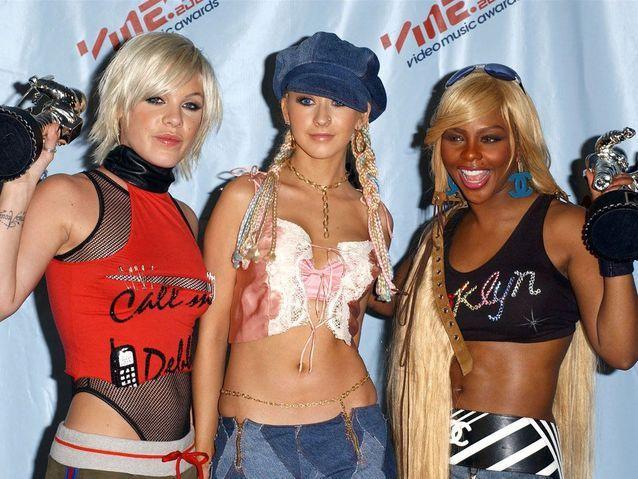 Générique Pink, Christina Aguilera et Lil Kim en 2001