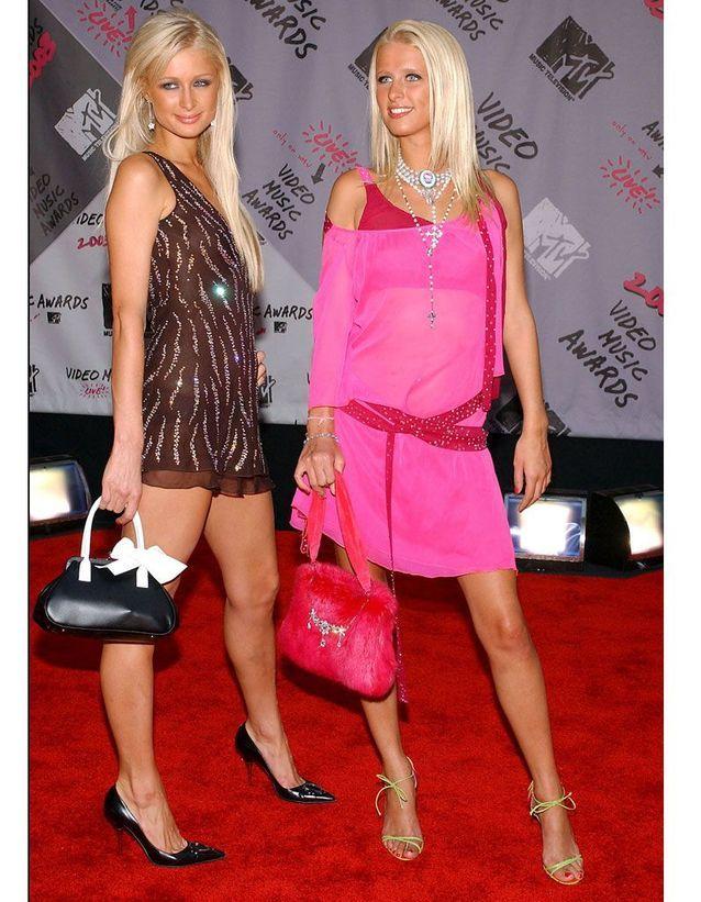 Paris et Nicky Hilton en 2003