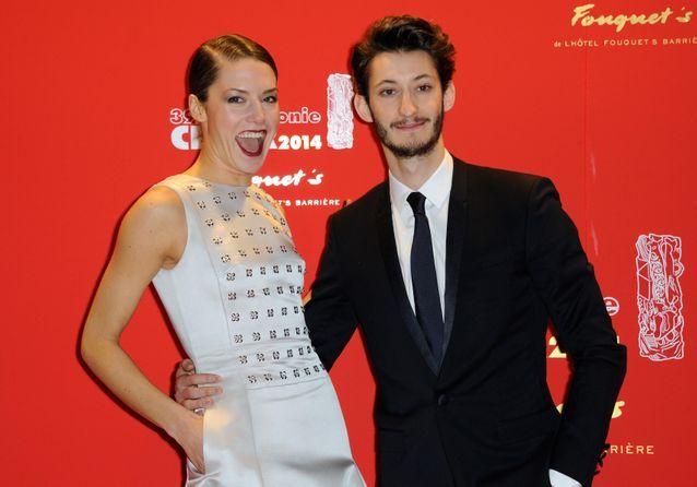 Pierre Niney et sa copine Natasha Andrews : l'amour sur tapis rouge