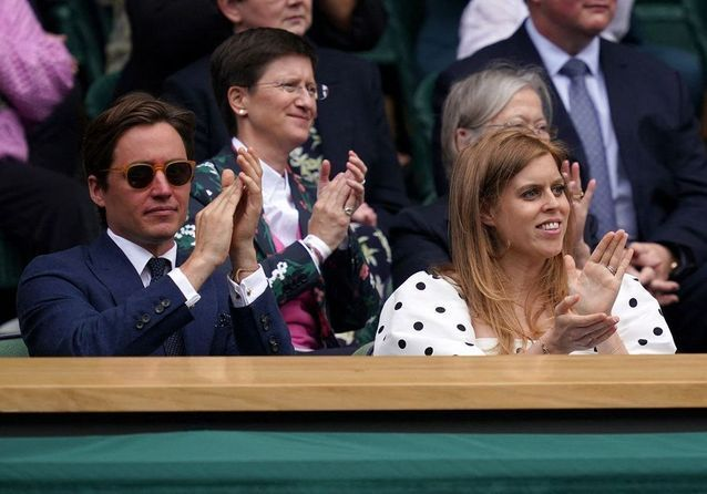 Princesse Beatrice, future maman radieuse dans les tribunes de Wimbledon