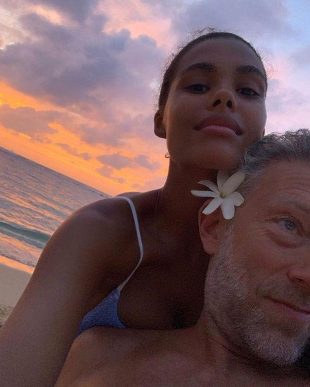 Tina Kunakey et Vincent Cassel à Hawaii