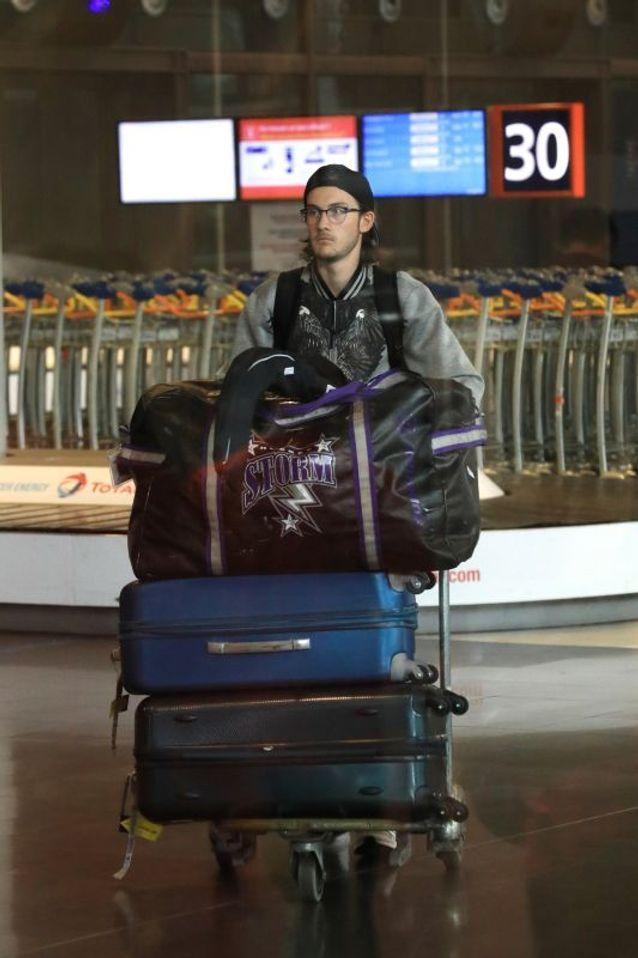 René-Charles à l'aéroport charles de Gaulle le 1er juillet