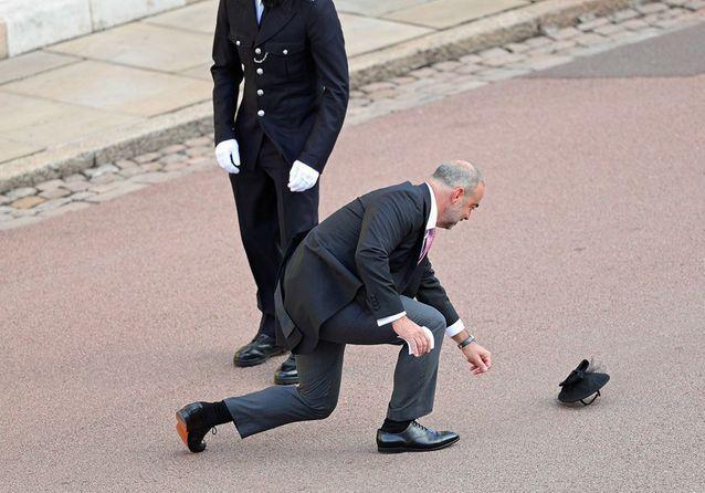 Royal wedding : les images les plus folles des invités pris dans la tempête !