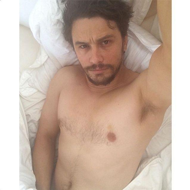 Selfie au lit