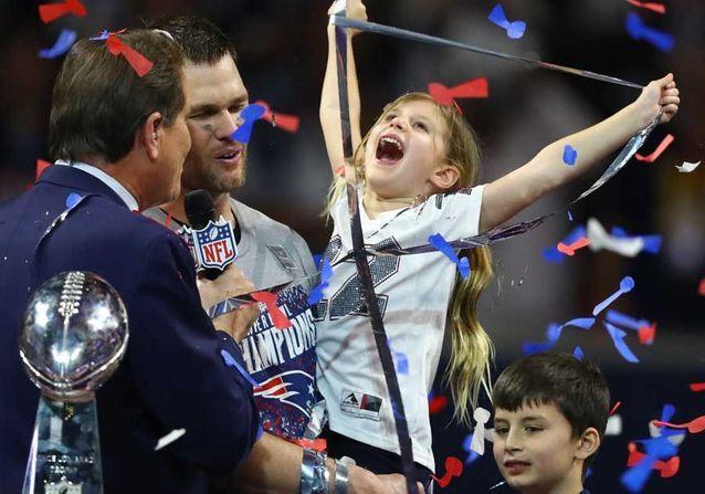 Super Bowl : les photos de la fille de Gisele Bundchen qui fête la victoire de son père