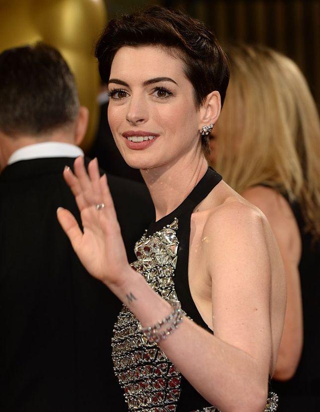 Le tatouage d'Anne Hathaway
