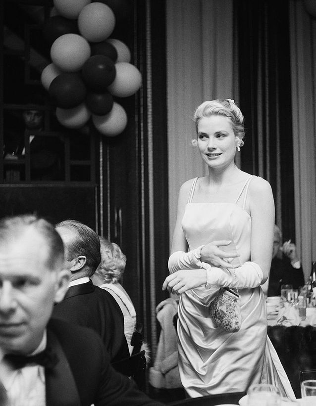 Grace Kelly en Edith Head