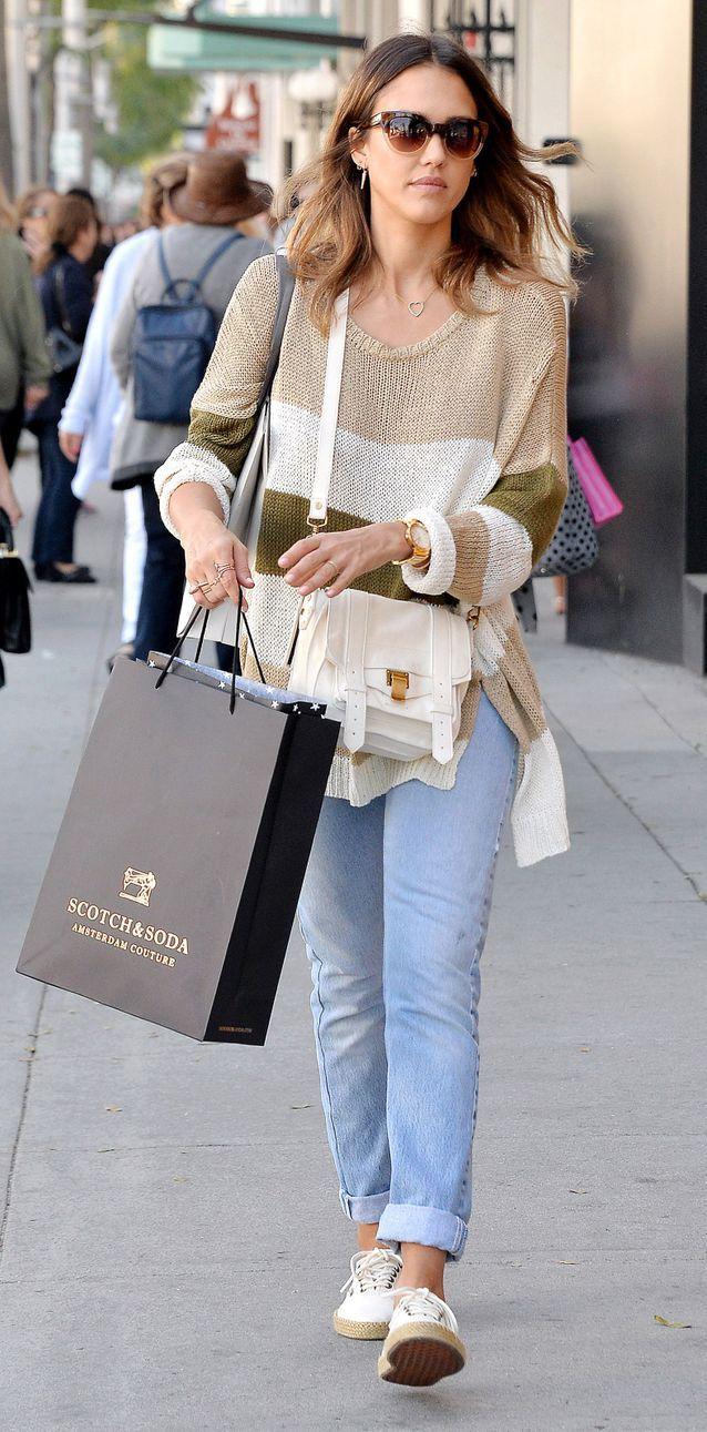 Jessica Alba en jean